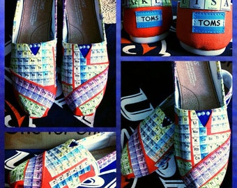 WOMENS Custom made Periodic Table/UTSA Toms. Designed and personalized just for you!