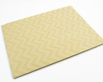 CHEVRON WRAPPING PAPER - White Chevron Folded Kraft Wrapping Paper (49.5cm x 70cm)