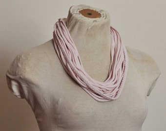 Recycled T-Shirt Necklace Braided Light Pink