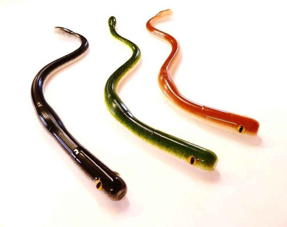 Bogbaits python snake lure floating 12 inch bass pike musky for Snake fishing lure