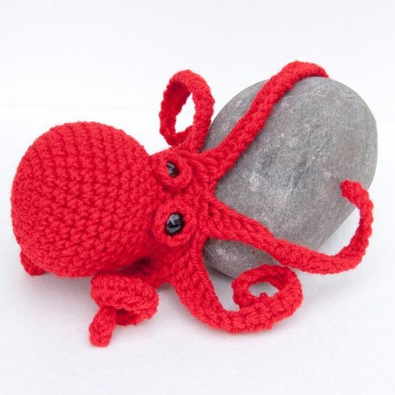 Amigurumi Octopus Anleitung : Amigurumi Baby Kraken Plush Octopus Red