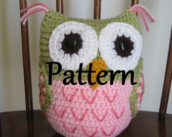 Crochet pattern for pink and green owl