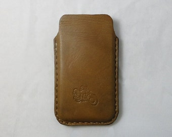 Handmade Stamped iPhone 5 / 5s , iPhone 4 and 4s Vegetable Leather Sleeve Case , iPhone Case , iPhone Leather case