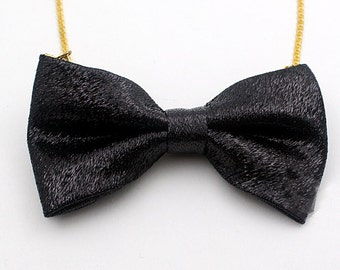 Black Bow tie Necklace,Handmade,bow tie,kitsch,super cute