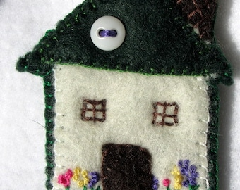Green House Pin  Little House Brooch  Wool Felt  Felt Pin