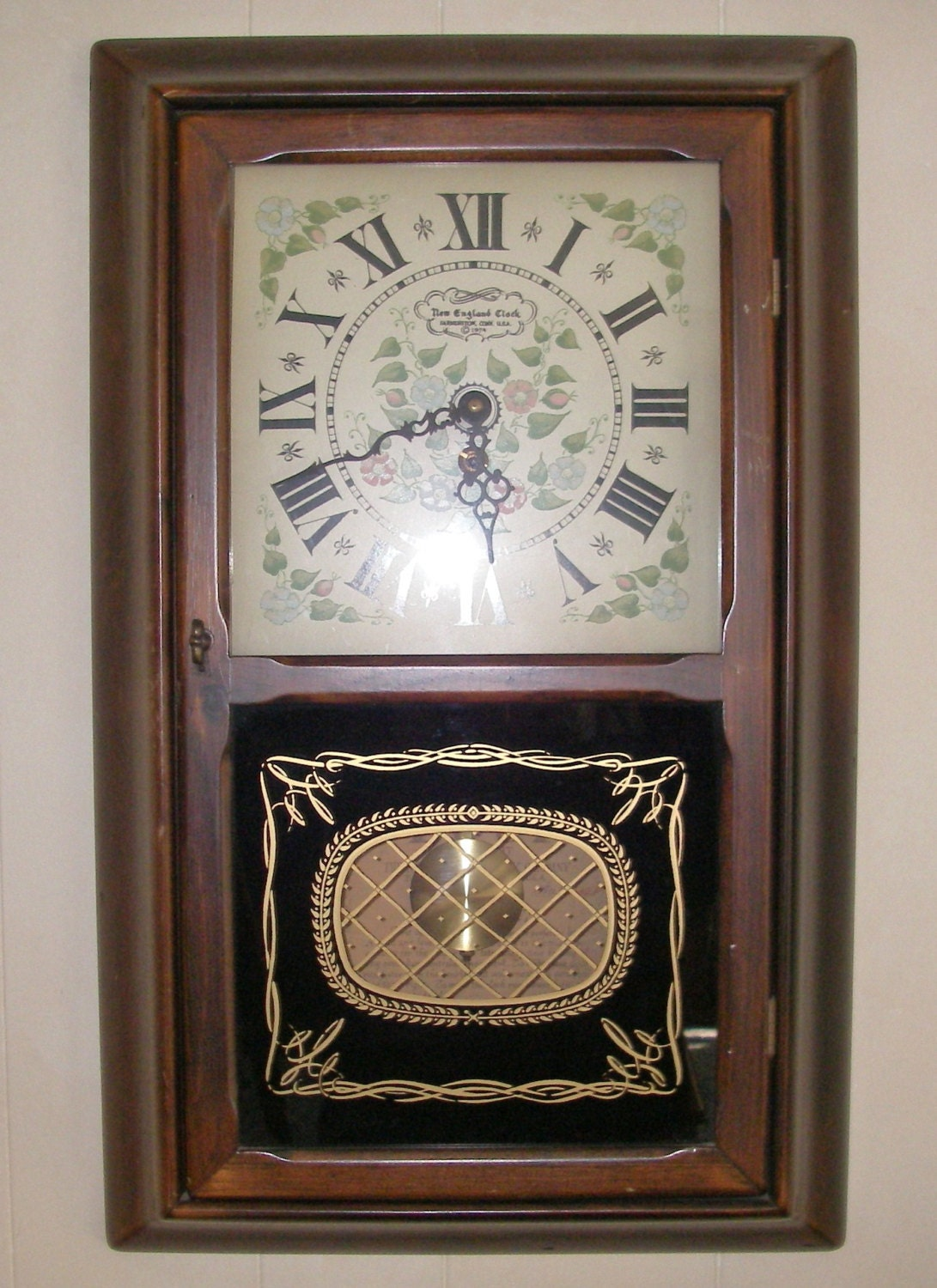 vintage home decor new clock co 1974 8 day key wind