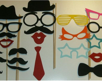 Photo Booth Props Mustache on a stick Weddings Birthdays Party DIY 22 pc (2012DC)