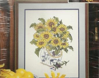 Candamar Designs:  Sunflower Vase Picture Kit