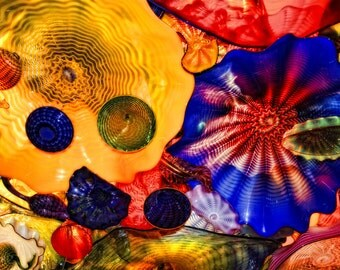 Abstract Chihuly Glass from the Ceiling, Bright Colors, Dazzling Glass
