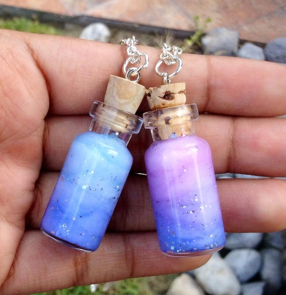 Bottled galaxy nebula necklace galaxy nebula by for Diy mineral water bottle