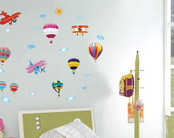 Planes and hot air balloons - AW622