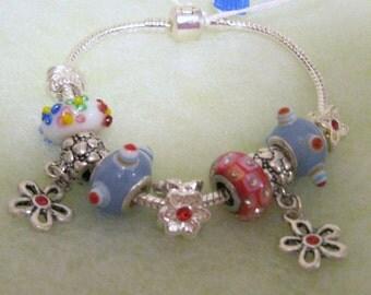 127 - CLEARANCE - Flower Bracelet
