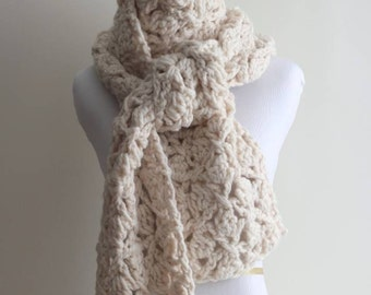 Crocheted scarf, cream white scarf, chunky cream white scarf, hand made scarf, lambs wool blend, 20% wool, soft and easy to wear