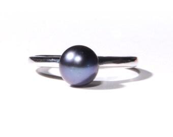 Black Freshwater Pearl Ring (1244)