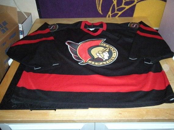 Ottawa senators vintage sewn patch ccm hockey jersey black
