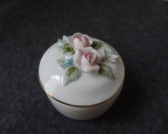 Lefton China ring box