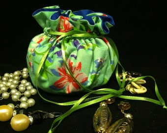Handmade Jewelry Keeper. Pretty Cotton Print. FREE US SHIPPING!