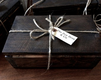 Vintage wood box - Handmade wood box, keep sake box, rustic wood box, jewelry box, wood center piece
