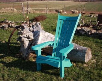 These are a sophisticated version of Adirondack / Muskoka style Chairs.