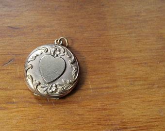 Art Nouveau Gold Tone Locket with Heart