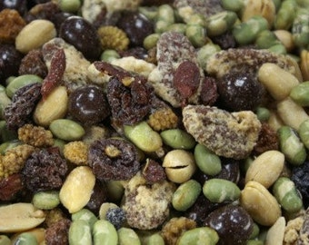 Trail Mix, Edamame, Raw Super Fruits, Pralines, Peanuts, All Natural Delicious Healthy Trail Mix . Perfect Blend of Nutritious Sweet  & Salt
