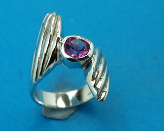 Sterling silver 925 -  rose zircon  ring.  Weight: 6.3 grams.