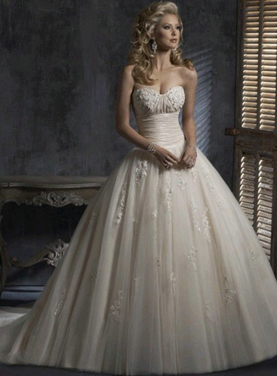 vintage ball gown wedding dress