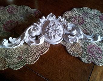 Shabby Chic Decorative Piece