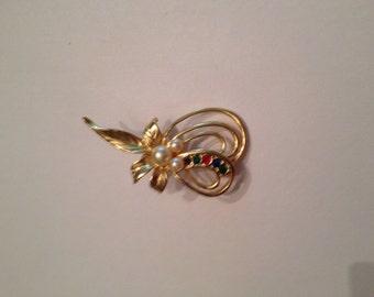 Vintage Gold Rhinestone Pearl Brooch Costume Jewelry