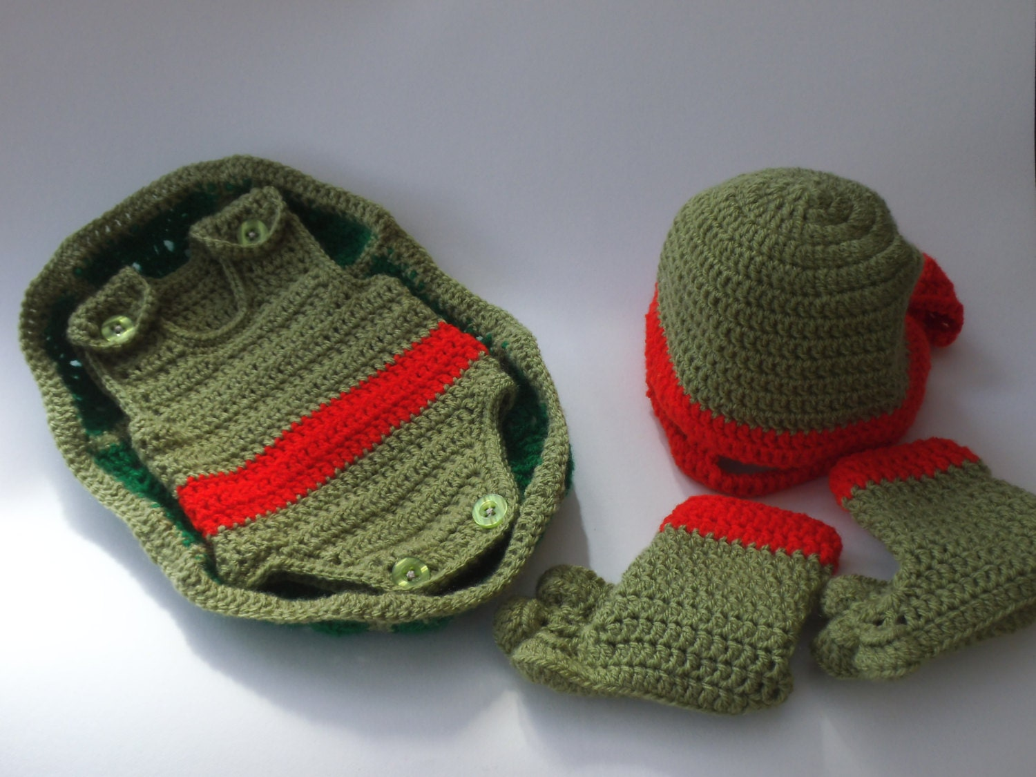 Pattern to Crochet Baby a Teenage Mutant Ninja Turtle Outfit