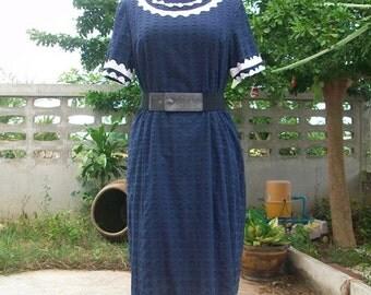 On Sale! vintage Navy blue cotton dress size L