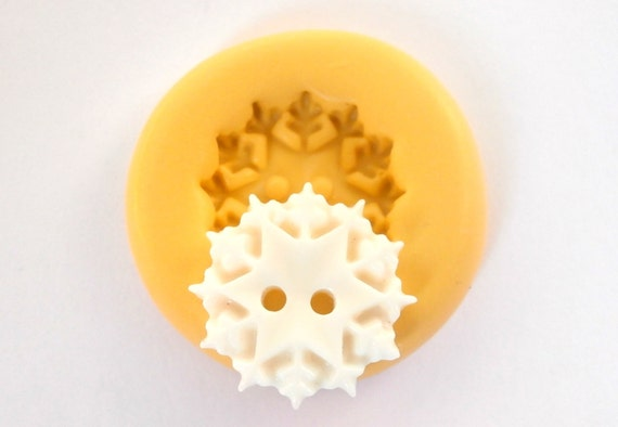 Snowflake Button Mold Mould Resin Clay Fondant Wax Soap Fimo Flexible Silicone Mold