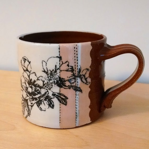 Peach and White Floral Screen Printed Earthenware Mug – Earthenware – Flower – SperlazzaPottery