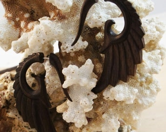 Sono Wood Fake Wing Gauge Earrings Pair of Natural Brown Organic Illusion Wooden Angel Feathered Wing Hangers Tapers Feather Dangle 2G 6-7mm
