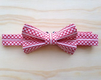 Picnic time red and white bowtie