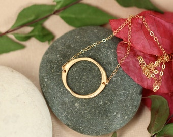 Circle necklace // gold circle necklace // hoop necklace // modern necklace // geometric // 22k gold vermeil circle on 14k gold filled chain