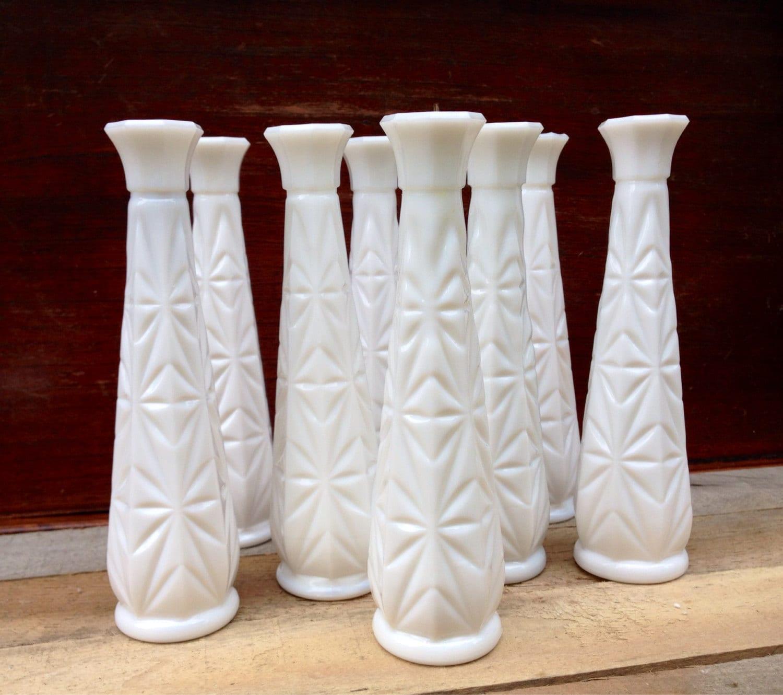 Vintage Hoosier Starburst Pattern Milk Glass Bud Vase 9