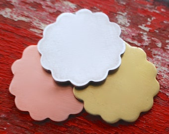 Stamping Blanks Large Scalloped Daisy - 3
