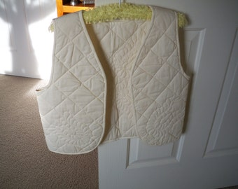 Vintage 1980's Hand Quilted Vest, Feather quilted vest
