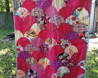 Custom Order Clamshell Baby Quilt