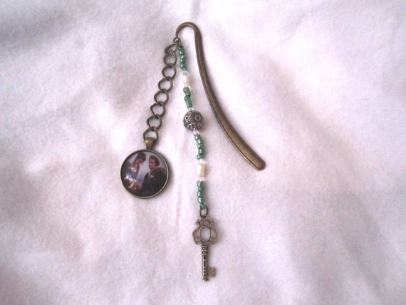 Custom made Outlander Bookmark with Jamie and Claire inspired by the Starz adaptation of Outlander