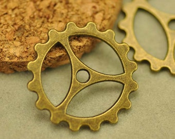 20pcs Antique Bronze Gear Wheel Charm Pendants Findings (#3010011)