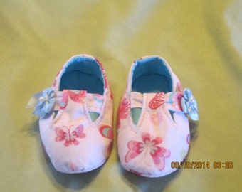 Girls Mary Jane Shoe Style Fabric Baby Booties: Item 0013