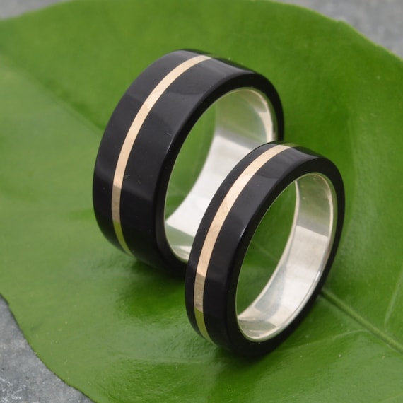 Solsticio Oro Coyol - ecofriendly wood wedding band with coyol seed and recycled 14k gold inlay, wood wedding ring, wood ring set