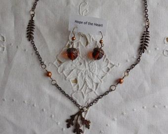 Acorn Earthy Oak Necklace