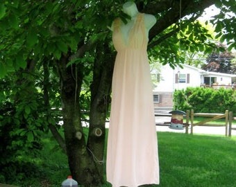 Vintage Peach Nylon Lingerie - Nightgown size Small