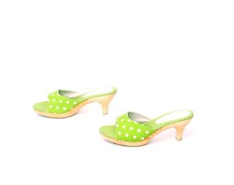 size 7 PLATFORM green polka dot 60s 70s WOODEN CLOG mules heels