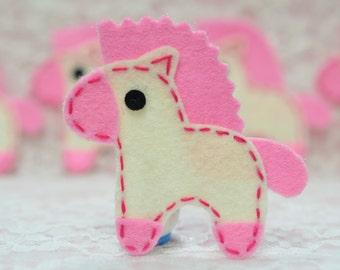 New! 6pcs handmade felt horse--ivory/baby pink (FT1022)