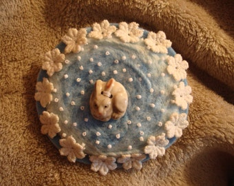 Needle Felted Brooch Pin Bunny Rabbit Button Vintage Lace Flowers Blue White