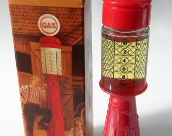 Avon Decanter Bottle Gas Pump Wild Country After Shave Vintage Collectible Original Box New Gift